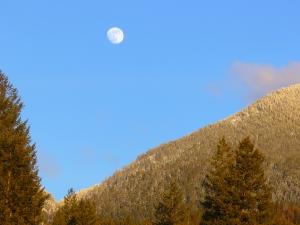 Full Moon over Swan Range